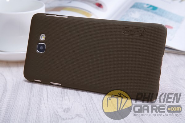 Ốp lưng Samsung Galaxy J7 Prime hiệu Nillkin dạng sần
