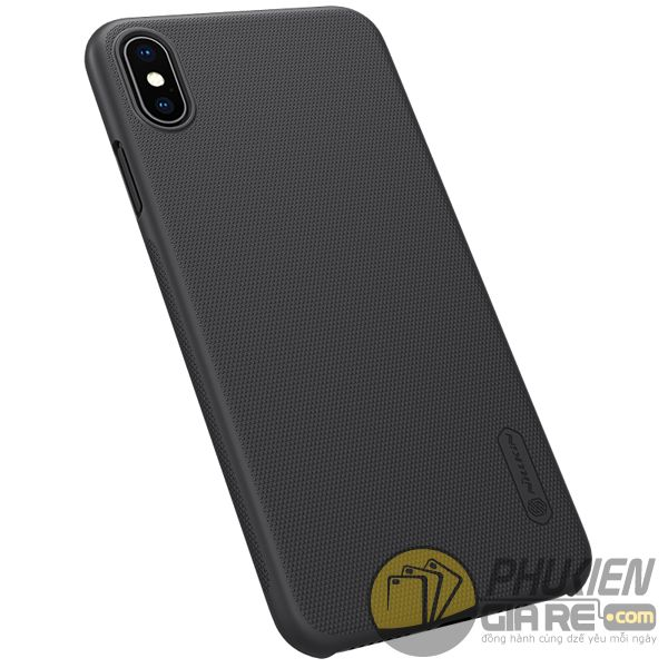 op-lung-iphone-xs-max-nhua-san-op-lung-iphone-xs-max-dep-op-lung-iphone-xs-max-nillkin-super-frosted-shield-8111