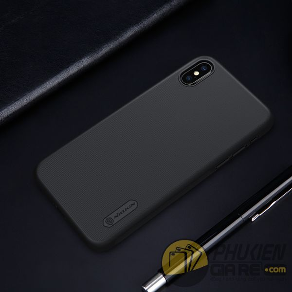 op-lung-iphone-xs-nhua-san-op-lung-iphone-xs-dep-op-lung-iphone-xs-nillkin-super-frosted-shield-7833