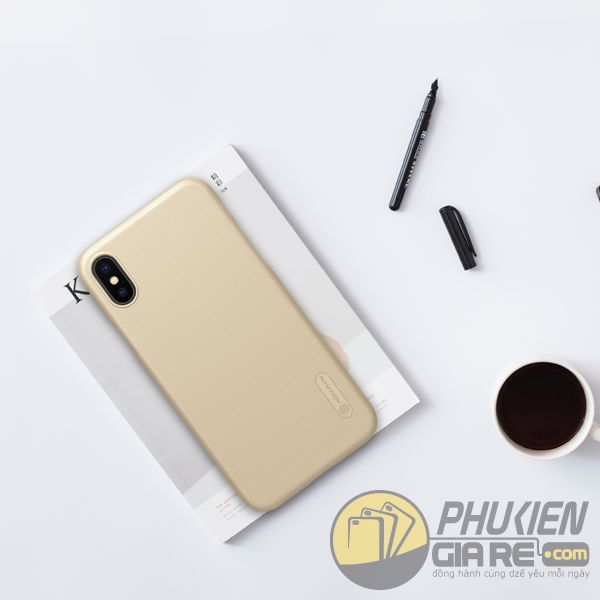 op-lung-iphone-xs-nhua-san-op-lung-iphone-xs-dep-op-lung-iphone-xs-nillkin-super-frosted-shield-7837