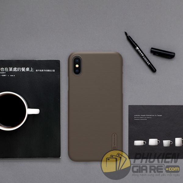 op-lung-iphone-xs-nhua-san-op-lung-iphone-xs-dep-op-lung-iphone-xs-nillkin-super-frosted-shield-7839