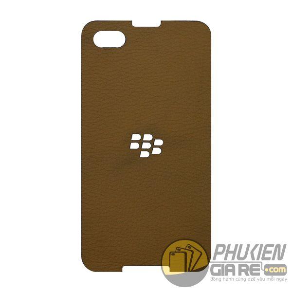 mieng-dan-da-blackberry-z30-mieng-dan-da-bo-blackberry-z30-dan-da-khac-ten-blackberry-z30-13172